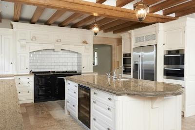 Elgin Marble: Sandy Cove™ on